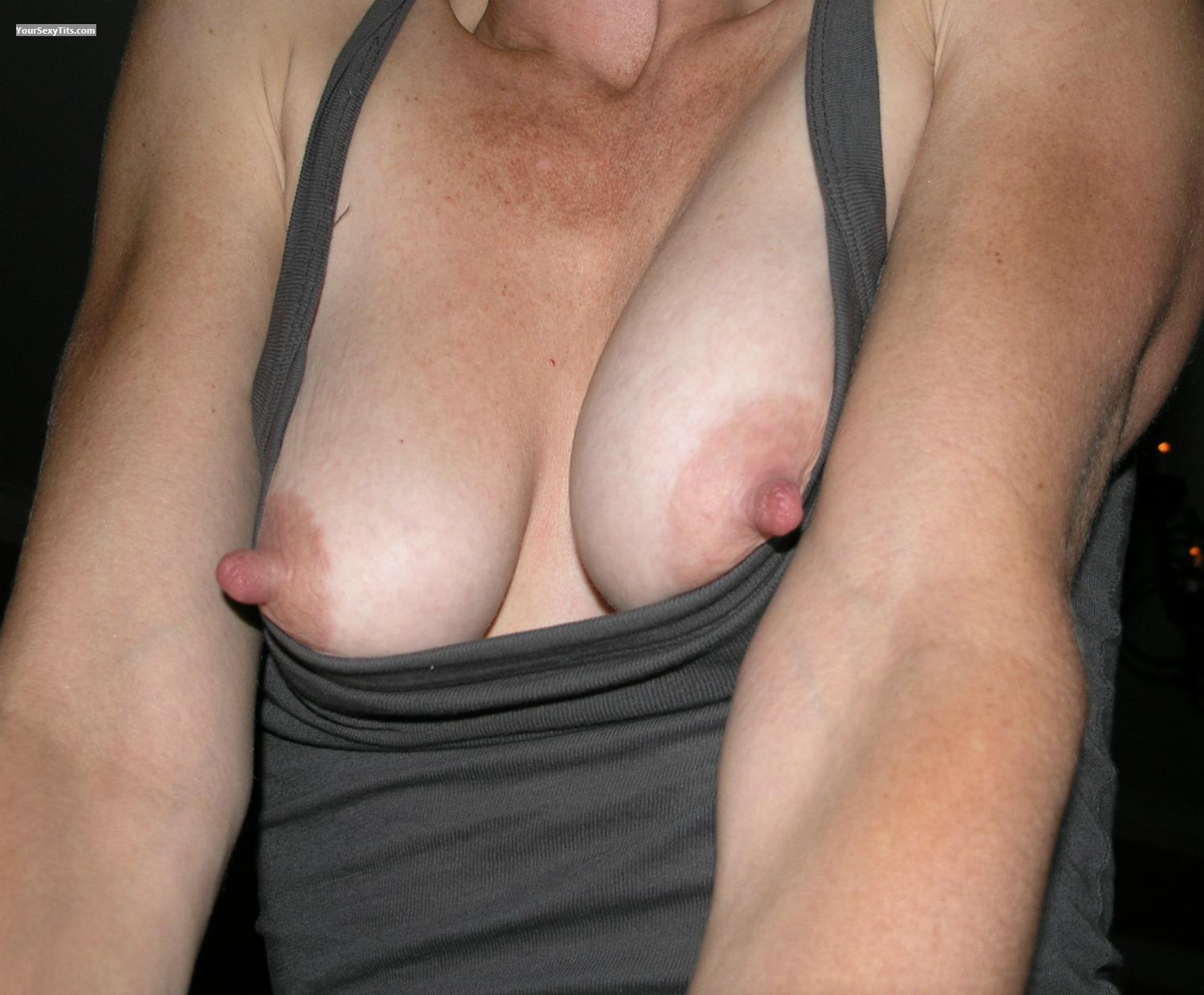 Tit Flash: Medium Tits - Belinda NYC from United States